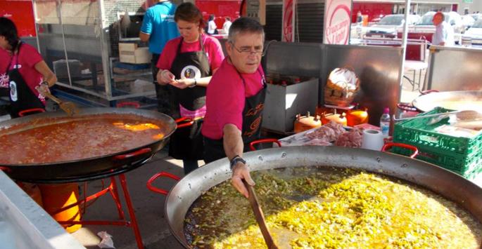 Degustación de lomo con pimientos de Carrefour Las Cañas
