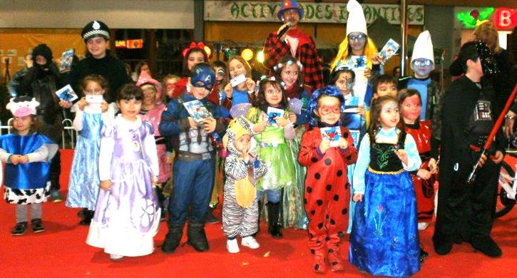 Éxito de participación en el desfile de Carnaval